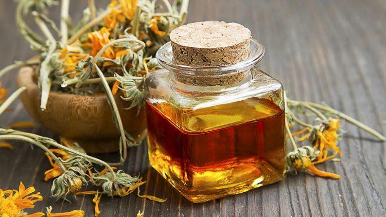 Homemade Calendula Infused Oil